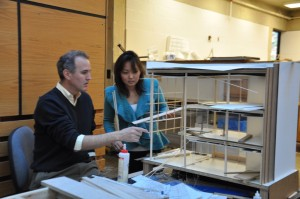 Peter Noonan and Yukari Yamahiro discuss her model.