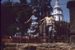 Public tour of the Calvert House excavations in 1982. Source: Archaeology in Annapolis