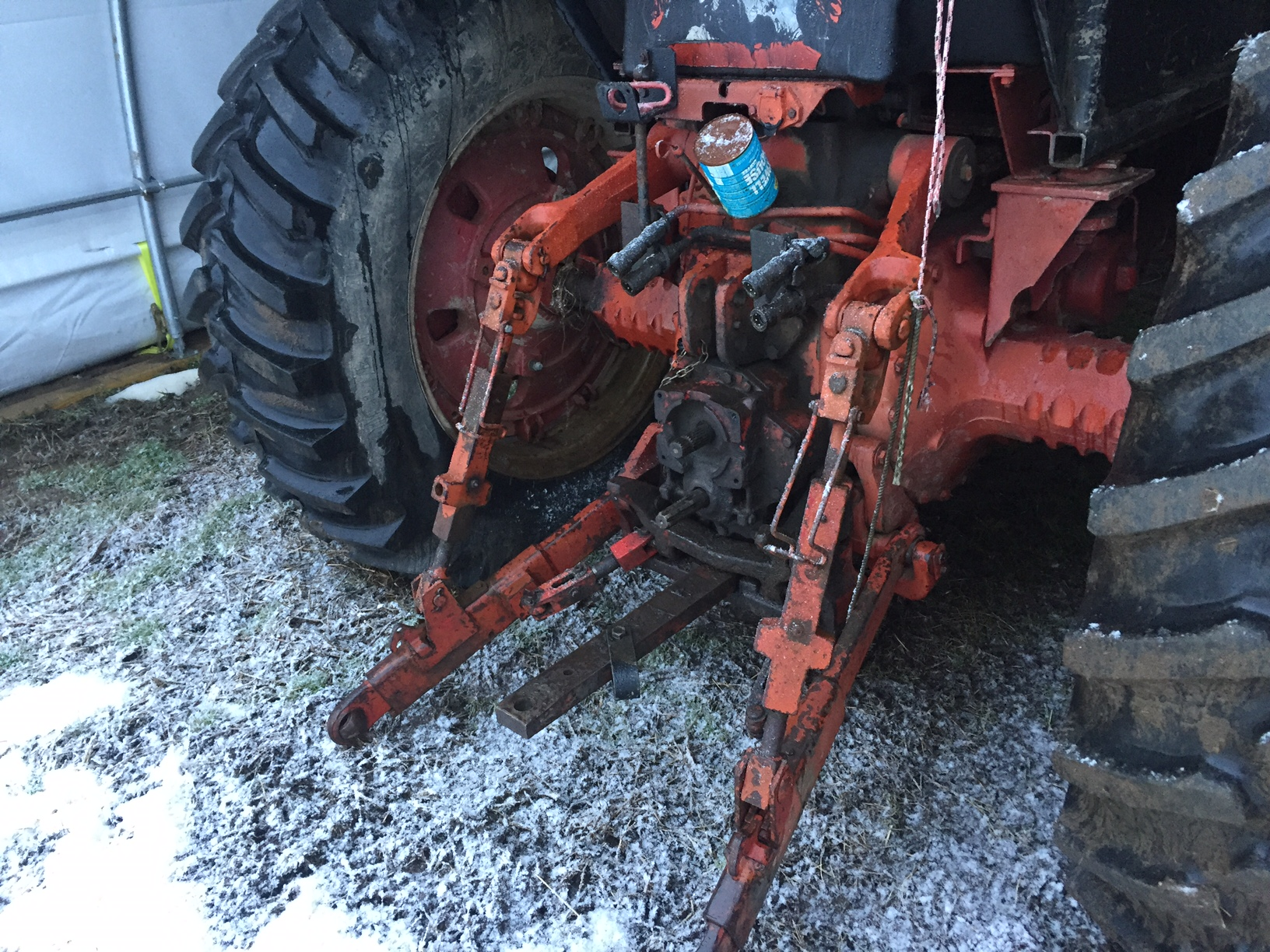 The Safe and Efficient Use of Tractor Three Point Hitches